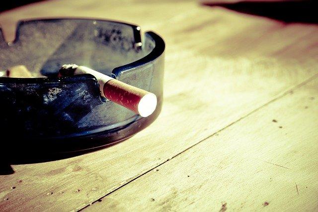 Jak rzucić palenie – domowe sposoby